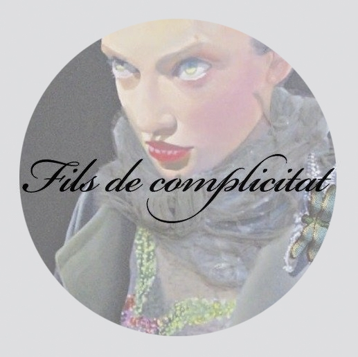 """""""Hilos de complicidad"""", una exposición de Begoña Ramos y Celia Vela"""
